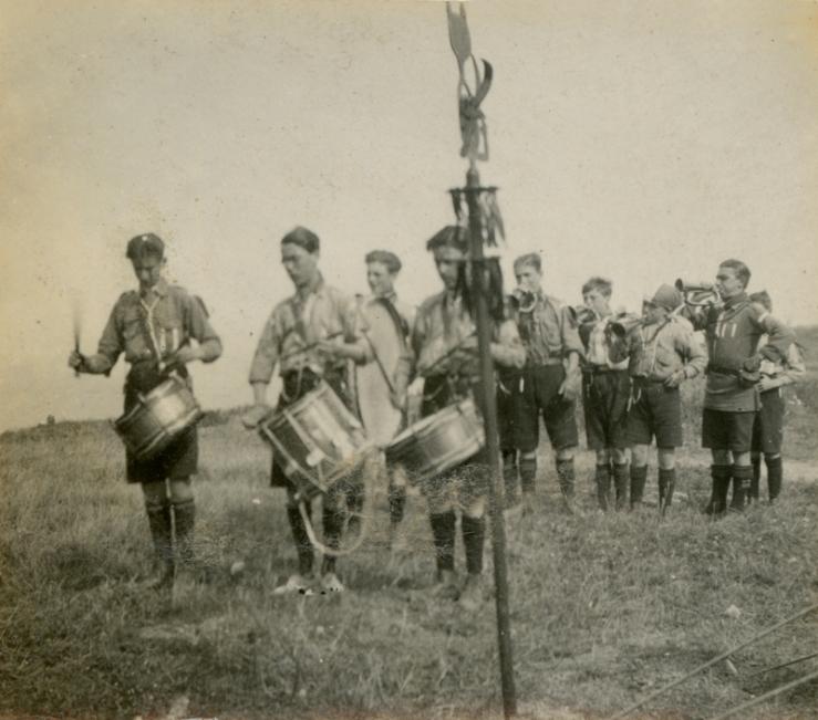 Band parade Mundesley 1919a