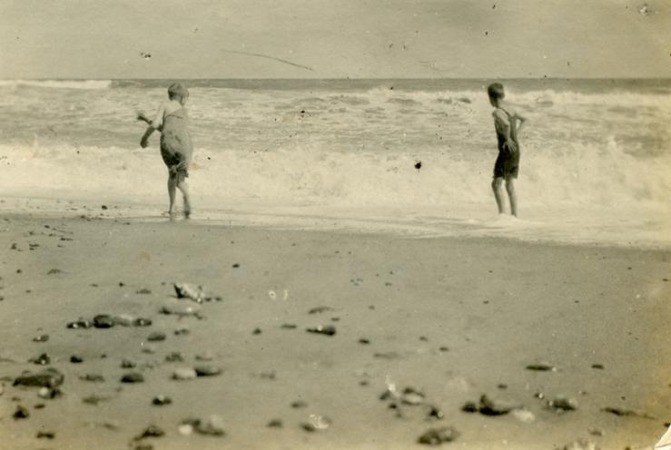 Mundesley beach 1919a